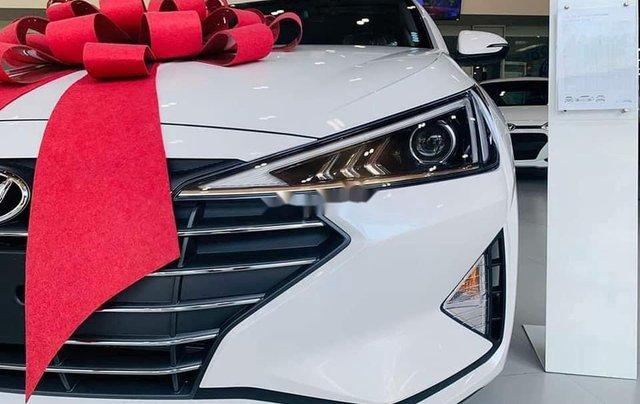 Bán Hyundai Elantra sản xuất 2020, màu trắng, mới 100%3