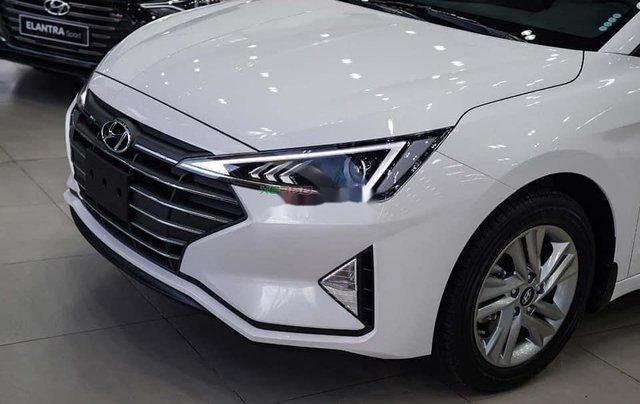 Bán Hyundai Elantra sản xuất 2020, màu trắng, mới 100%1