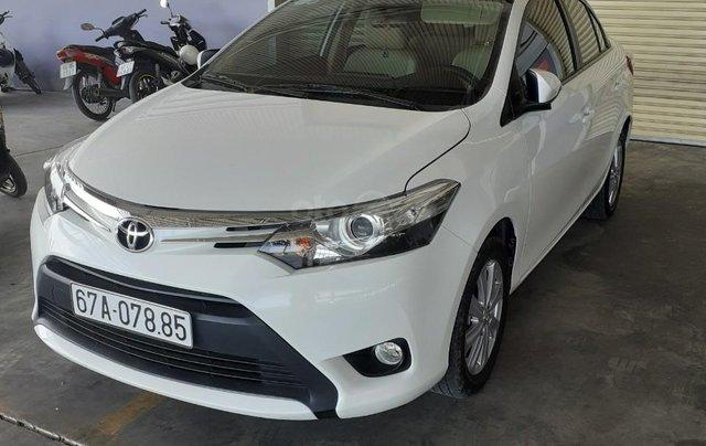 Bán xe Toyota Vios 2017, màu trắng, xe gia đình0