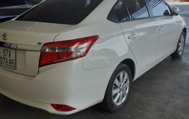 Bán xe Toyota Vios 2017, màu trắng, xe gia đình2
