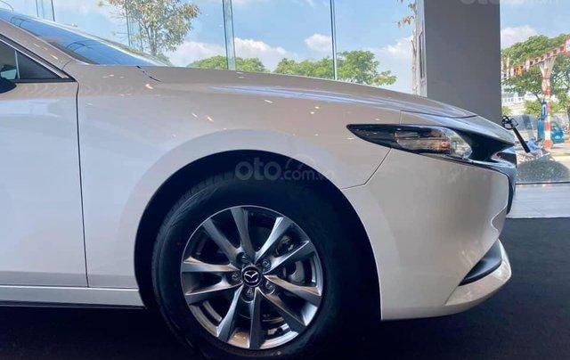 New Mazda 3 2020 - ưu đãi 60tr - đủ màu - tặng phụ kiện - chỉ 195tr3