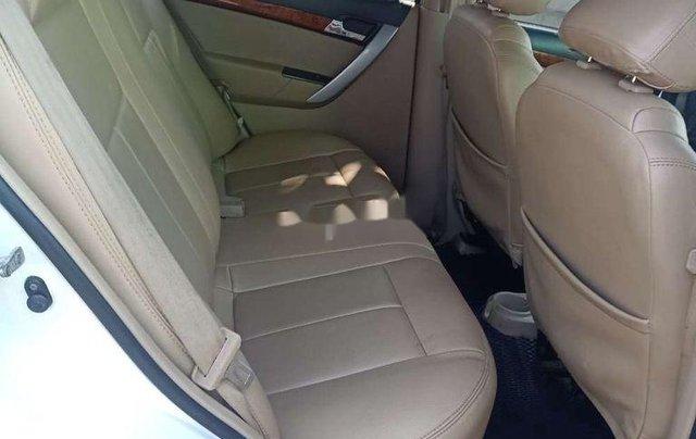 Cần bán Daewoo Gentra đời 2008, màu trắng còn mới giá cạnh tranh4