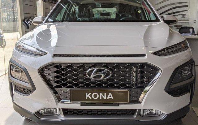 Hyundai Huế : Hyundai Kona 2.0 AT Full trắng, 679 triệu0