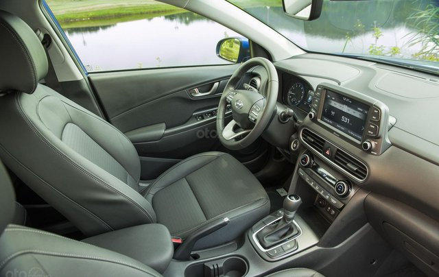 Hyundai Huế : Hyundai Kona 2.0 AT Full trắng, 679 triệu3