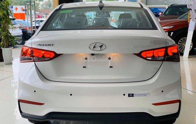Hyundai Huế bán Accent tự động tiêu chuẩn, 502 triệu4
