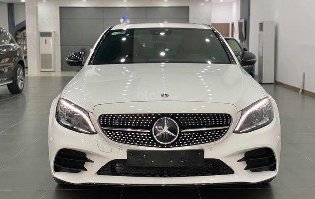 Mercedes C300 AMG 2020, màu trắng, nhập khẩu2