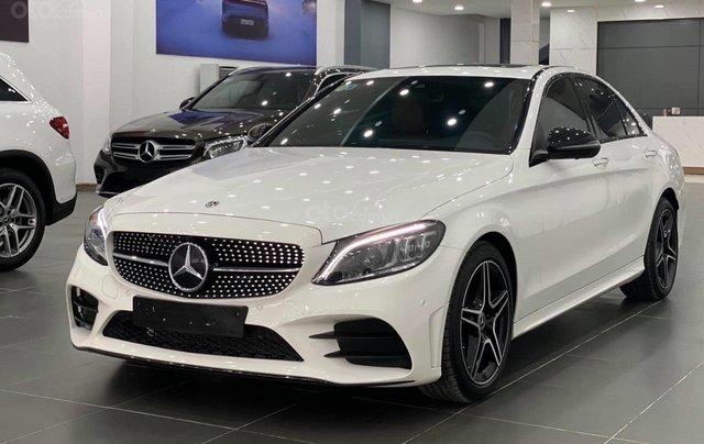 Mercedes C300 AMG 2020, màu trắng, nhập khẩu0
