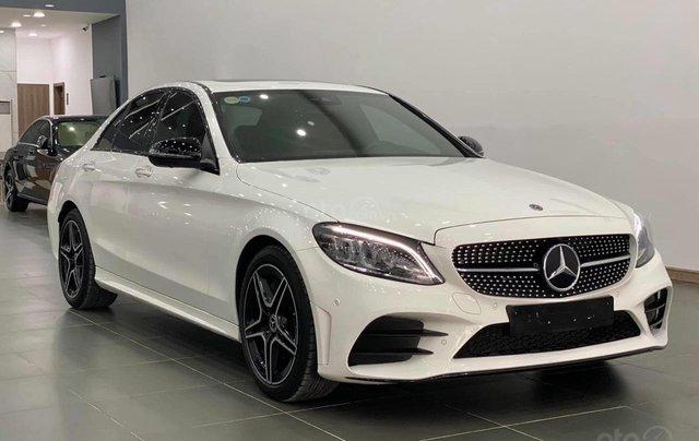 Mercedes C300 AMG 2020, màu trắng, nhập khẩu1