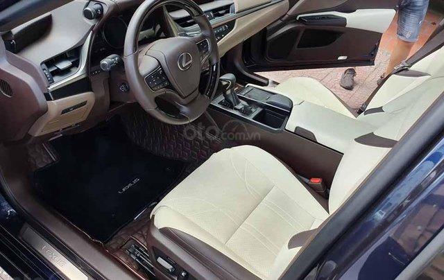 Cần bán lại xe Lexus ES250 sản xuất 2019, màu xanh lam, nhập khẩu nguyên chiếc3