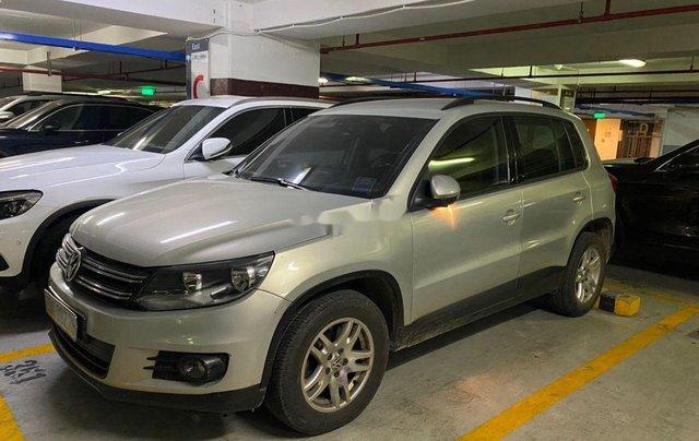 Bán gấp chiếc Volkswagen Tiguan đời 2012 số tự động, xe còn hoàn toàn mới, giá ưu đãi2