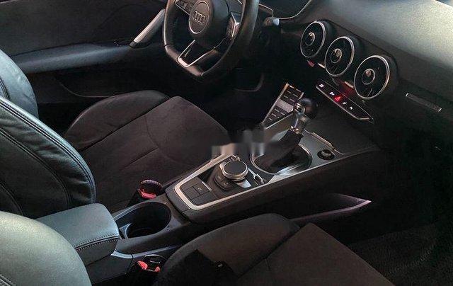 Bán xe Audi TT sản xuất năm 2016, xe nhập còn mới3