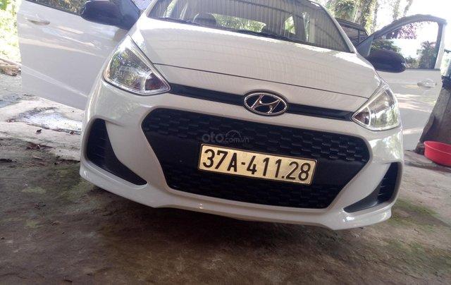 Muốn bán Hyundai i10 1.2 MT, đăng kí cuối năm 20171