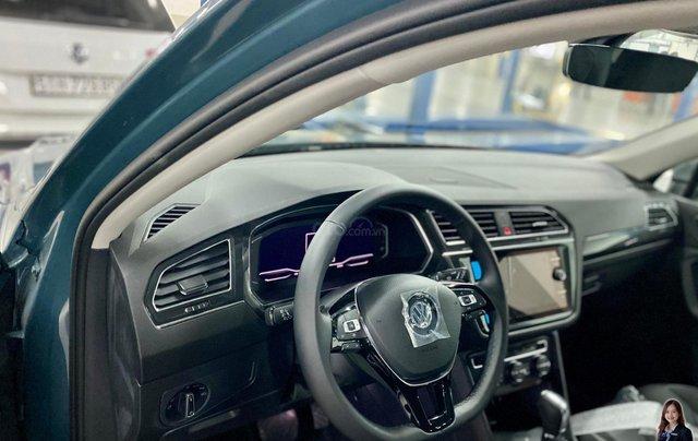 Khuyến mãi giá tốt Tháng 9/2020 cho Tiguan luxury S màu xanh Petro - Phiên bản full option3
