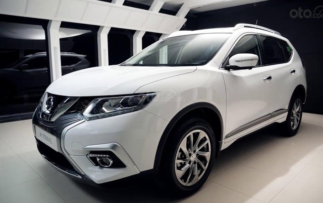 Bán Nissan X Trail 2020, máy xăng màu trắng giá chỉ 933 triệu0