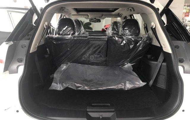 Bán Nissan X Trail 2020, máy xăng màu trắng giá chỉ 933 triệu2
