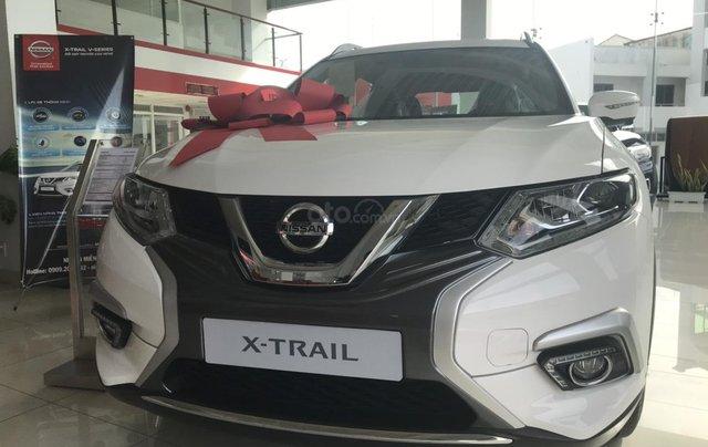 Bán Nissan X Trail 2020, máy xăng màu trắng giá chỉ 933 triệu5
