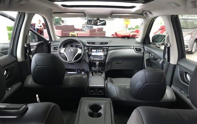 Bán Nissan X Trail 2020, máy xăng màu trắng giá chỉ 933 triệu11