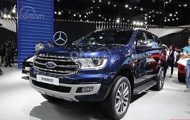 Bán Ford Everest 2020 ưu đãi tháng 9 - giảm ngay tiền mặt từ 50 đến 100tr, cùng hàng loạt phụ kiện chính hãng kèm theo2