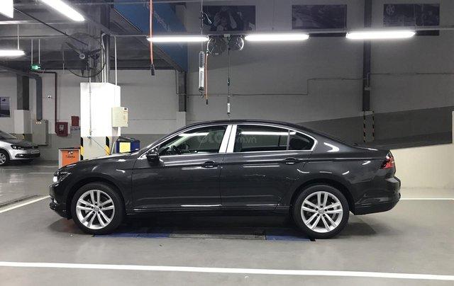 Passat Bluemotion màu xám ghi - Passat chuẩn doanh nhân - Xe nhập 100% từ Đức giá tốt5