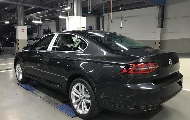 Passat Bluemotion màu xám ghi - Passat chuẩn doanh nhân - Xe nhập 100% từ Đức giá tốt6