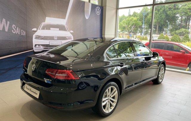 Passat Bluemotion màu đen xe Sedan 5 chỗ nhập khẩu nguyên chiếc từ Đức - Lái cực chất - Khuyến mãi cực khủng mùa dịch3
