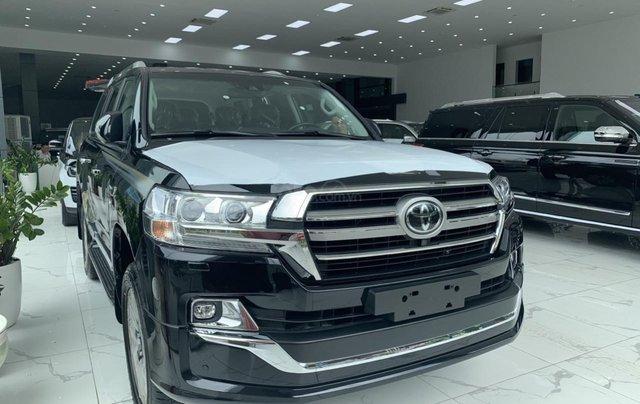 Bán Toyota Land Cruiser VXS sản xuất 2020 màu đen, xe nhập khẩu mới 100%0