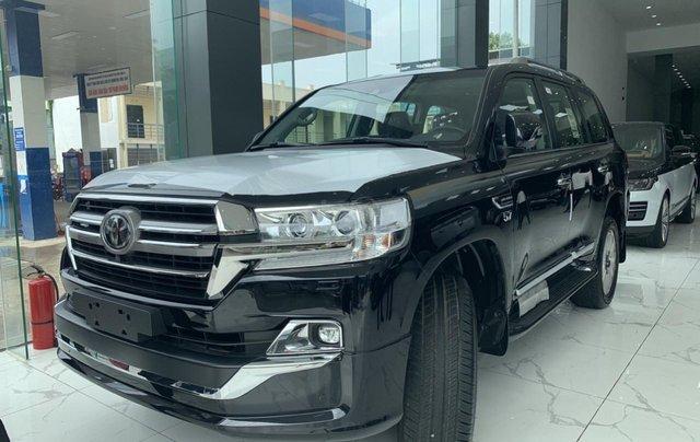 Bán Toyota Land Cruiser VXS sản xuất 2020 màu đen, xe nhập khẩu mới 100%2