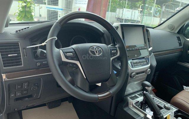 Bán Toyota Land Cruiser VXS sản xuất 2020 màu đen, xe nhập khẩu mới 100%9