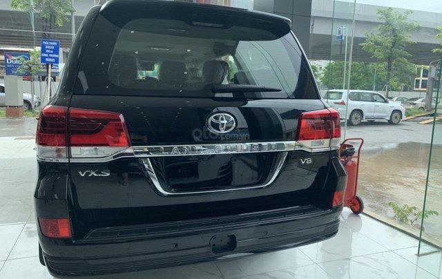 Bán Toyota Land Cruiser VXS sản xuất 2020 màu đen, xe nhập khẩu mới 100%14
