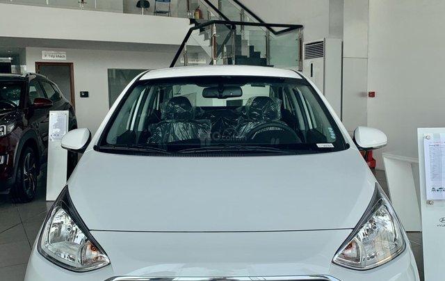 Hyundai Grand I10 Sedan 2020, màu trắng2