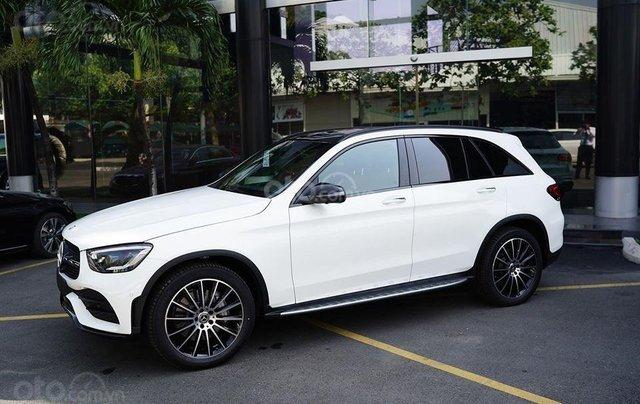 Mercedes-Benz GLC 300 2020 chính hãng, giá khuyến mại tốt nhất, giảm 50% thuế trước bạ12