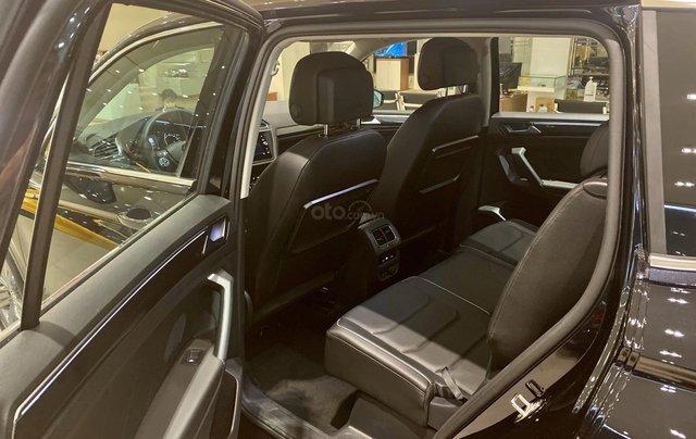 Volkswagen Tiguan Luxury S màu đen - KM cực tốt - giao ngay10