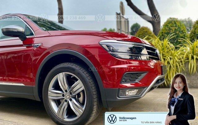 Tiguan Luxury S màu đỏ - Phiên bản Offroad cao cấp nhất - SUV 7 chỗ nhập khẩu giá cực tốt tháng 9/20203