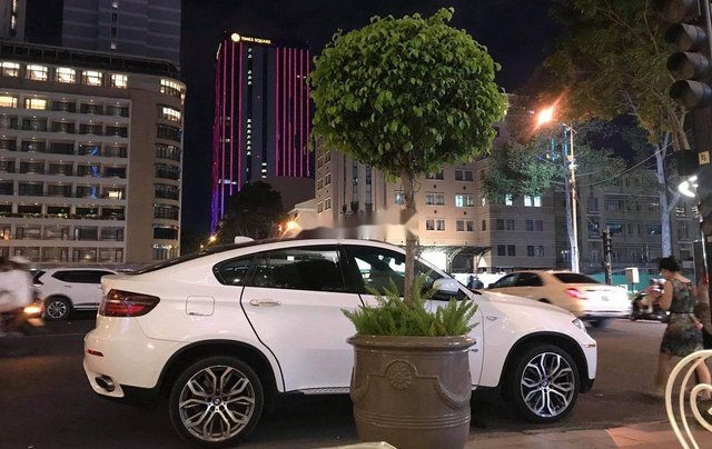 Bán BMW X6 sản xuất 2008, nhập khẩu, giá chỉ 690 triệu5