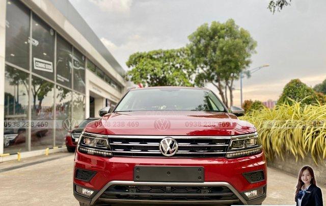 Tiguan Luxury S màu đỏ - Phiên bản Offroad cao cấp nhất - SUV 7 chỗ nhập khẩu giá cực tốt tháng 9/202011