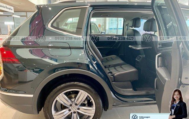 Khuyến mãi đặc biệt xe Tiguan Luxury màu xanh rêu màu độc hiếm có - Giao ngay 8