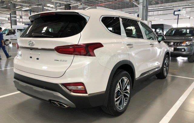 Bán xe Hyundai Santafe 2.2D 2020 số tự động giảm giá khủng tặng phụ kiện hấp dẫn chính hãng0