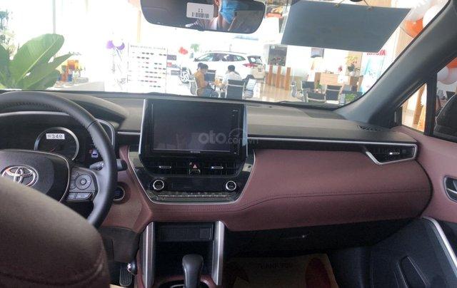 Bán Toyota Corolla Cross 1.8V màu đen giao ngay5