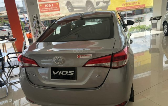 Toyota Vios 1.5 số sàn - mua trả góp với 119 triệu - khuyến mãi ngay tiền mặt1