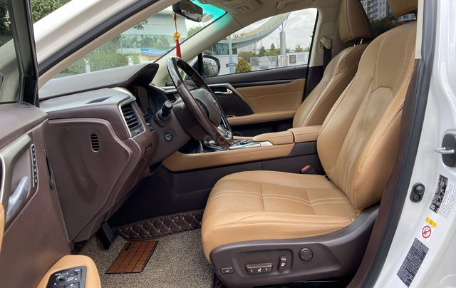 Lexus RX350 nhập Mỹ cuối 2016, mẫu mới nhất, màu trắng, hàng full cao cấp, đủ đồ chơi không thiếu món nào hắt kính loa Mark7