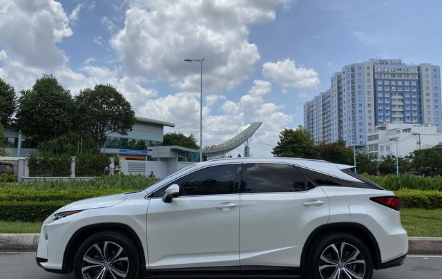 Lexus RX350 nhập Mỹ cuối 2016, mẫu mới nhất, màu trắng, hàng full cao cấp, đủ đồ chơi không thiếu món nào hắt kính loa Mark2