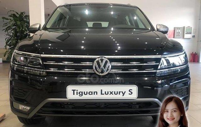 Volkswagen Tiguan Luxury S màu đen - KM cực tốt - giao ngay5