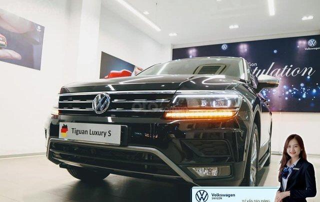 Volkswagen Tiguan Luxury S màu đen - KM cực tốt - giao ngay3