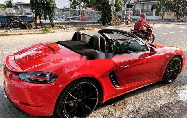 Cần bán xe Porsche 718 đời 2019, màu đỏ, nhập khẩu nguyên chiếc3