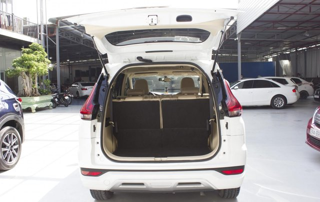 Bán xe Mitsubishi Xpander sản xuất 2019, màu trắng, xe bao đẹp6