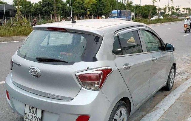 Bán Hyundai Grand i10 năm sản xuất 2014, màu bạc, nhập khẩu0