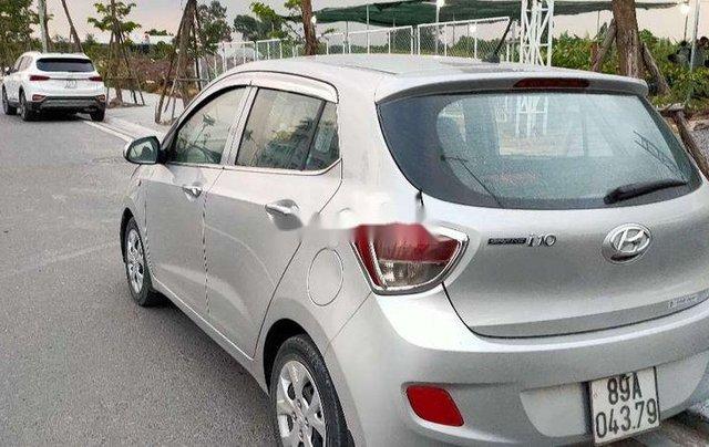 Bán Hyundai Grand i10 năm sản xuất 2014, màu bạc, nhập khẩu1