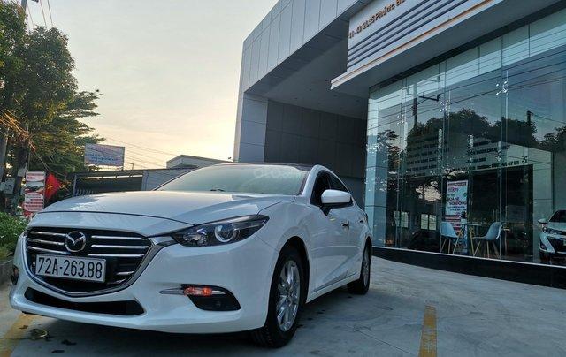 Bán ô tô Mazda 3 đời 2018 Facelift, giá 555 tr2