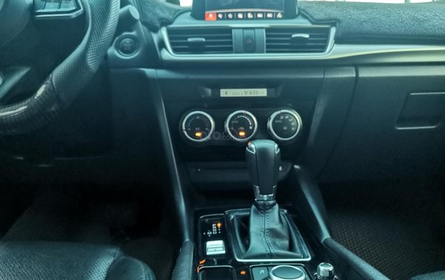 Bán ô tô Mazda 3 đời 2018 Facelift, giá 555 tr6