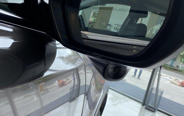Honda CRV, giảm 100% thuế trước bạ, bao hồ sơ vay kể cả khách tỉnh5